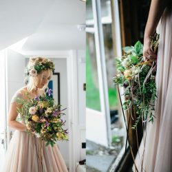 alternative wedding flowers