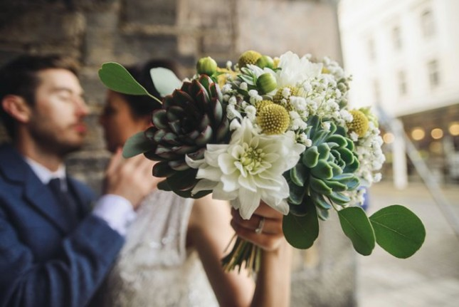 natural wedding flowers