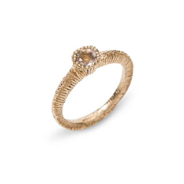 Solitaire Stitch Ring Gold and Cairngorm