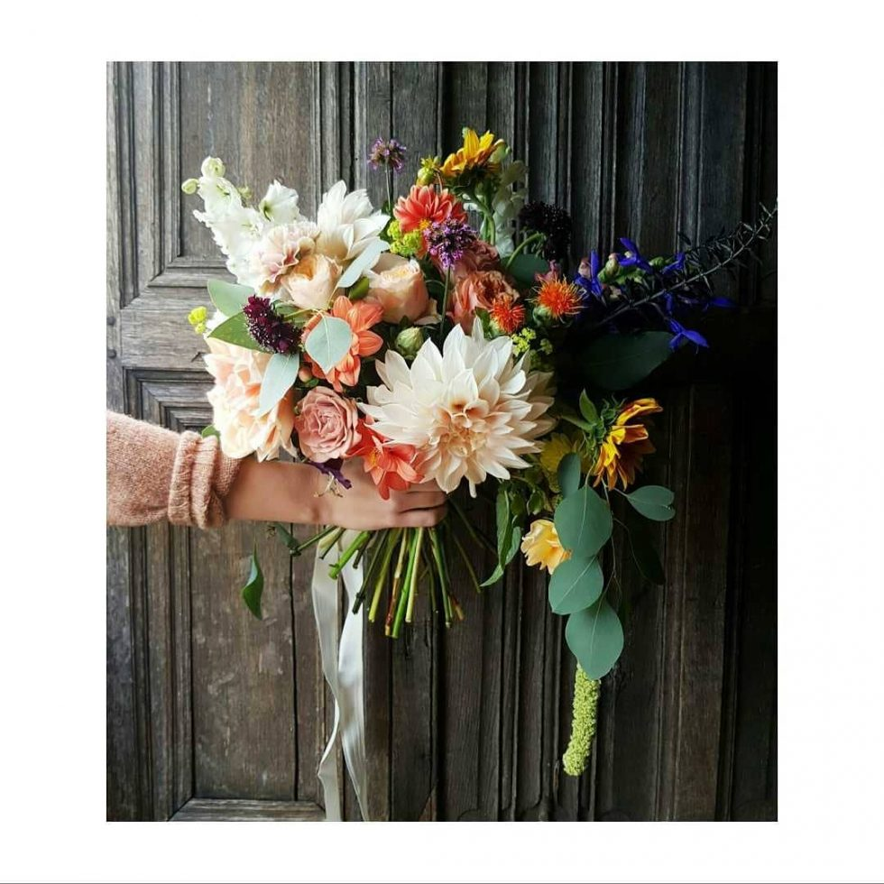 wild blousy wedding bouquet
