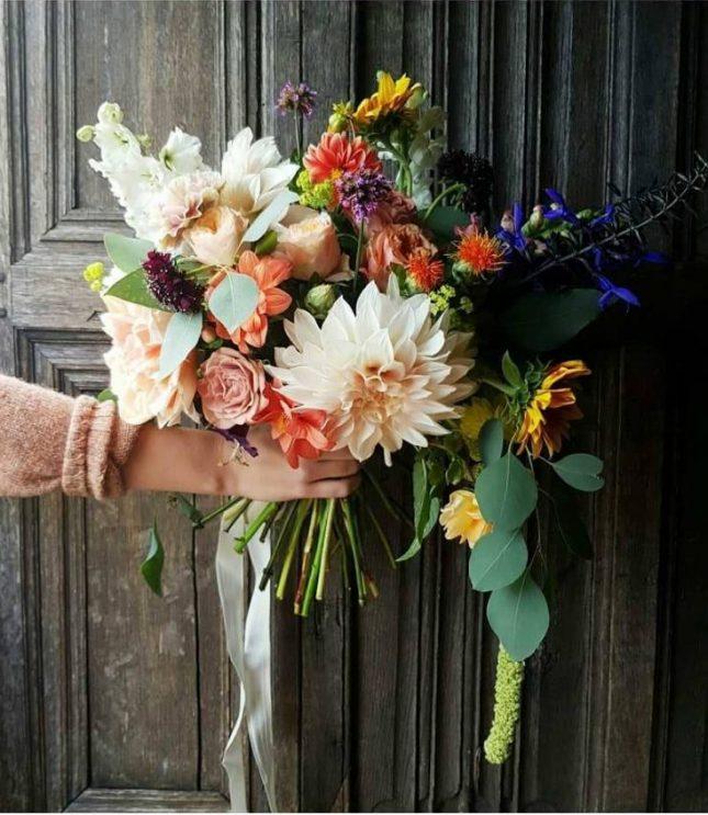 wild blousy wedding bouquet